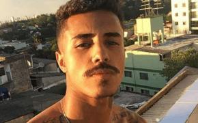 """MC Livinho surpreende lançando sua primeira canção de R&B; ouça a inédita """"Se Me Deixar"""""""