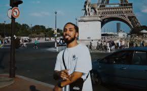 """Rashid libera novo single """"Aeroporto, Hotel, Show"""" com clipe filmado na Europa; confira"""