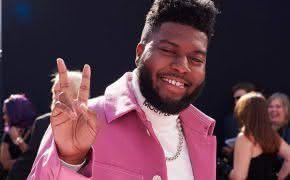 """Single """"Talk"""" do Khalid entra no top 5 da Billboard"""