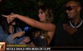 """Mc Igu, Klyn e Derek aparecem no TV Fama após gravações do clipe de """"Nicole Bahls"""""""