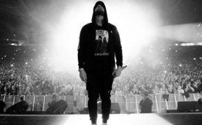 Eminem coloca quase 81 mil fãs em estádio na Austrália e quebra recorde de público no local