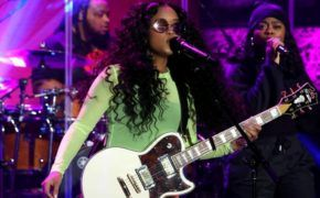 "H.E.R performa ""As I Am"" no The Ellen Show"