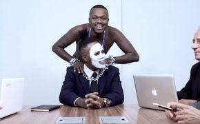"Djonga libera o videoclipe da faixa ""Hat-Trick"""