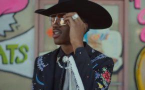 """Lil Nas X divulga o videoclipe de """"Old Town Road"""" com Billy Ray Cyrus, Chris Rock e mais"""