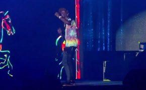 "Travis Scott performa nova música ""Highest in the Room"" no festival Rolling Loud"