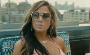 """Trailer oficial do filme """"Hustlers"""" sobre strippers golpistas com Jennifer Lopez, Cardi B e mais é divulgado"""