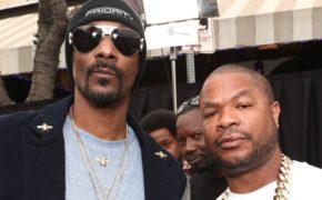 """Xzibit se emociona ao ganhar certificado de platina pelo clássico hit """"B*tch Please"""" com Snoop Dogg e Nate Dogg"""