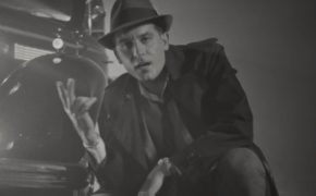"""G-Eazy divulga o videoclipe de """"Hittin Licks""""; confira"""
