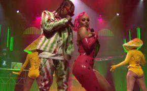 """Doja Cat e Tyga performam o single """"Juicy"""" no programa Late Night"""