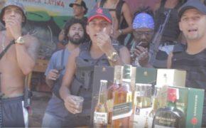 """DaRoça e Mc Ari somam forças em nova música """"NarcoRap From Rocinha"""""""