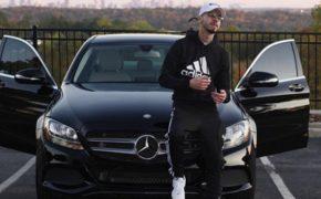 JD On Tha Track compra Mercedes C300 com dinheiro dos seus beats