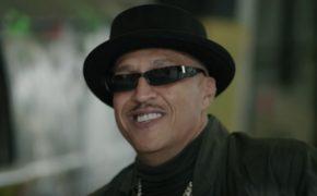 """Mano Brown divulga nova música """"Dezembro é Festa"""" com influência do G-Funk; ouça"""